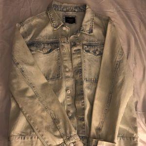 Men's acid wash jean jacket